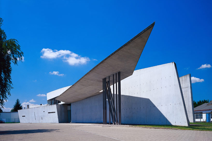 zaha-vitra-fire-station-20-year-anniversary-designboom22